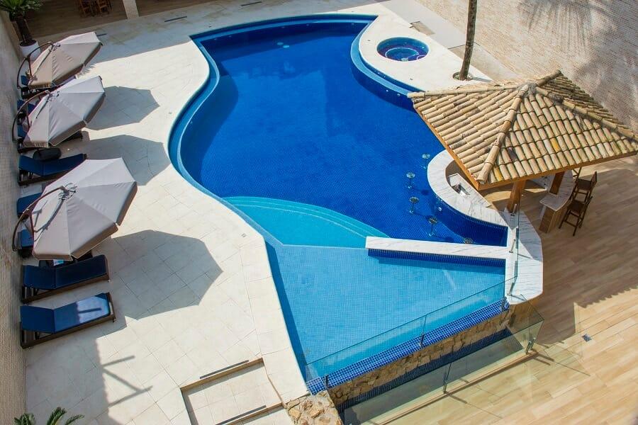 Hotel com piscina Guarujá