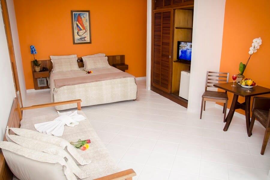Quarto Conforto com Varanda Strand Hotel