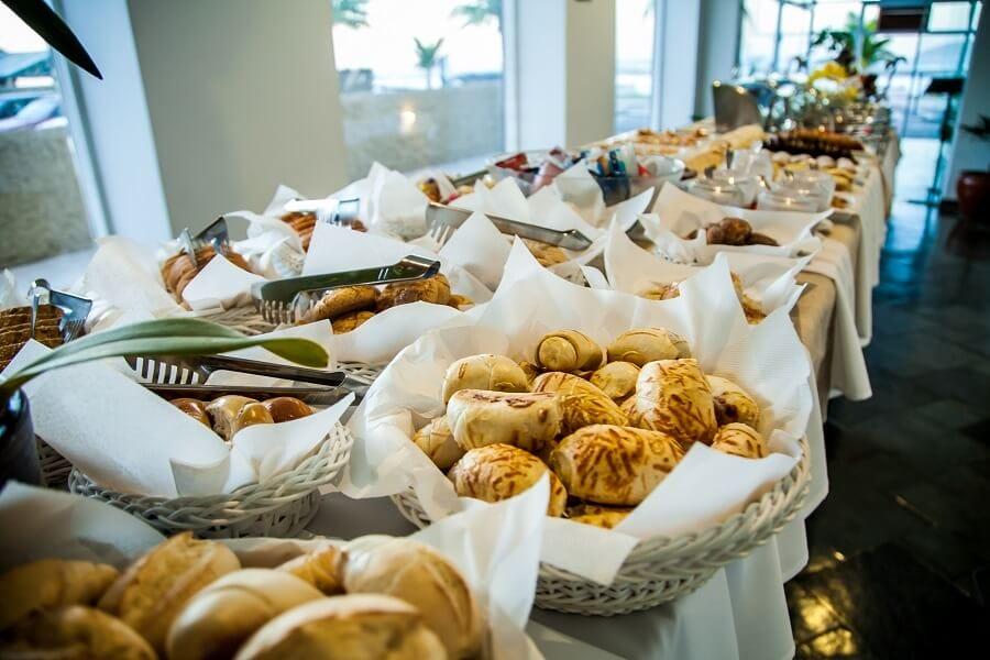 Buffet Café da Manhã no Strand Hotel
